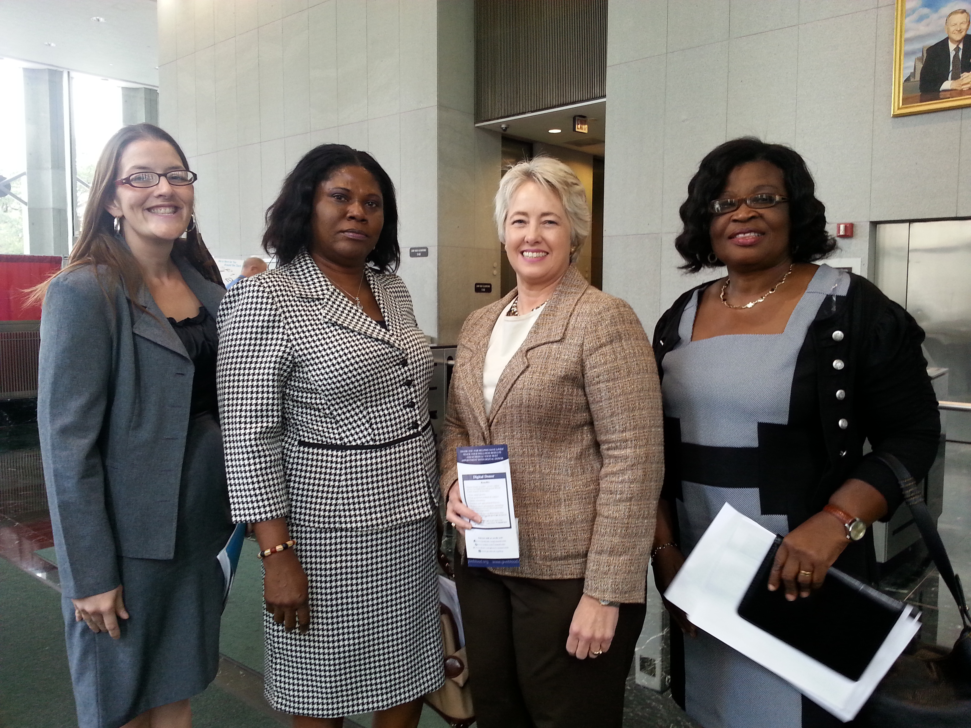 Mayor Annise Parker with Delegates from Electricity Company of Ghana and Empowerment Plus Institute 9-18-13